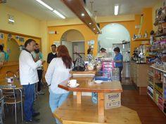 """Cafetería """"Nelsón"""" do IES García Barbón."""