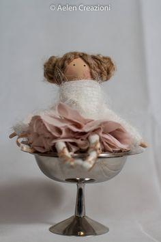 Sono felice di condividere l'ultimo arrivato nel mio negozio #etsy: Aelen bambola fatta a mano bambola da collezione di Aelen