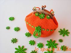 Portamonete crochet con chiusura a scatto / Framed crochet coin purse