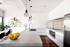 House in Maylands by Dalecki Design