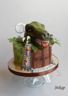 Jurassic Park cake - cake by Jitkap 7th Birthday Cakes, Birthday Party At Park, Rodeo Birthday, Dinosaur Birthday Party, Birthday Cookies, T Rex Cake, Dino Cake, Dinosaur Cake, Jurassic World Cake