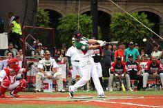 Mexicanos ganan el Home Run Derby en el Zócalo Capitalino