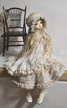 puppet:  Snap314 by ★ hydehim★ on Flickr.