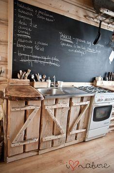 i love nature: Meblowania c. Barn Kitchen, Studio Kitchen, Rustic Kitchen, Diy Kitchen, Kitchen Decor, Kitchen Design, Modern Cabin Interior, Rustic Country Kitchens, Scandinavian Kitchen