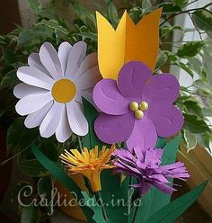 Free Craft Patterns - Mother's Day Crafts for Kids - Flower Bouquet 2 Kids Crafts, Mothers Day Crafts For Kids, Glue Crafts, Mothers Day Cards, Preschool Crafts, Diy And Crafts, Paper Crafts, Paper Flower Art, Flower Crafts