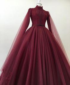black n red wedding dresses Mode Abaya, Mode Hijab, Evening Dresses, Prom Dresses, Formal Dresses, Elegant Dresses, Pretty Dresses, Muslim Wedding Dresses, Wedding Outfits