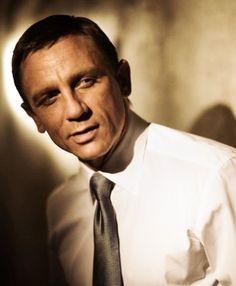 Daniel Craig - Definitely a Double O! Daniel Craig Style, Daniel Craig James Bond, Rachel Weisz, Daniel Graig, Jason Isaacs, Taurus Man, James Bond Movies, Andrew Scott, Great Films