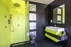 Laissez place à votre imagination avec celle salle de bain haute en couleurs ! Par Samse sur http://www.lecoupdepouceauxparticuliers.com/