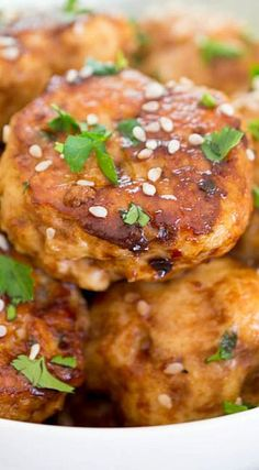 Asian Style Chicken Meatballs (Ready in 30 minutes! Chicken Rissoles, Turkey Recipes, Chicken Recipes, Ground Chicken Meatballs, Asian Recipes, Ethnic Recipes, Party Food And Drinks, Game Day Food, Asian Style