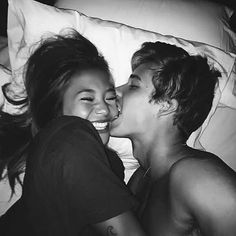 Best selfie poses for couples young love pictures, cute couple pictures tum Boyfriend Goals Relationships, Boyfriend Goals Teenagers, Girlfriend Goals, Relationship Goals Pictures, Couple Relationship, Boyfriend Girlfriend, Relationship Problems, Relationship Goals Tumblr, Relationship Tattoos