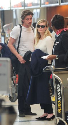 Kirsten Dunst and Garrett Hedlund Pair Up For a Parisian Trip   Get the pictures