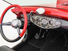 Bugnaughty Delahaye USA steering wheeljpg - NO Car NO Fun! Muscle Cars and Power Cars! Bugatti For Sale, Classic Style, Classic Cars, Bugatti Type 57, Air Shocks, Models For Sale, Car Upholstery, Chip Foose, Power Cars