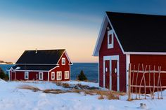 This little red house is located in Ferryland, Newfoundland. It sits on a cliff overlooking the Atlantic Ocean. This area has seen many an iceberg floating south with the Labrador current. Atlantic Ocean, Newfoundland, Little Red, Shed, Outdoor Structures, Cabin, Cliff, House Styles, Labrador