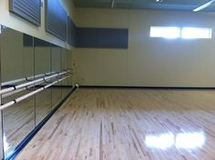 Party / dance / yoga room #2.
