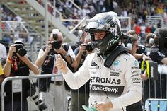 Nico Rosberg takes Brazilian GP pole 2015