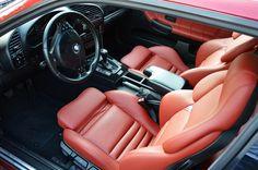 BMW e36 interior with redish (coral) vader setas
