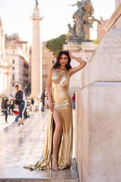 Gold Gown, Gold Dress, Satin Dresses, Sexy Dresses, Elegant Dresses, Plus Size Mini Dresses, Bridal Lehenga Collection, Metallic Dress, Metallic Gold