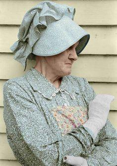 Native of North Carolina, Dorothea Lange Black N White Images, Black And White, The Afflicted, Famous Black, Romans 12, North Carolina, Nativity, Winter Hats, Vogue