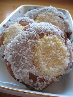 Skoleboller (Norwegian cardamom-scented, vanilla custard-filled, coconut-dusted buns).