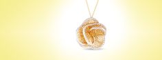 Necklace Blossom collection in yellow gold and diamonds