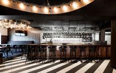 Industrial Bar in Montréal