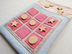 Tic Tac Toe - Pink Spots - Travel Game. For the kiddos...?