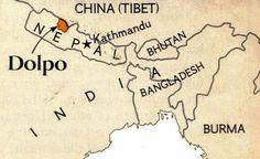 Where is Dolpo? Au niveau historique le Dolpo est tibétain, mais il a eu des périodes où il  a appartenu au Népal. Actuellement la Chine ayant envahis le Tibet, a en même temps envahis le Dolpo.
