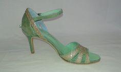 Chaussure de danse et de mariage haut de gamme, fabrication italienne, 100% personnalisable. Souple et confortable. Ici en cuir pailleté. Pumps, Heels, Fashion, Leather, Dance, Top, Weddings, Heel, Moda