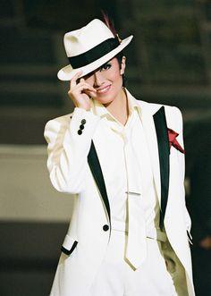 星組公演 『桜華に舞え』『ロマンス!!(Romance)』の北翔 海莉&妃海 風メモリアルをご紹介します。