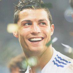 Cristiano Ronaldo football soccer Real Madrid portugal cr7 messi barcelona 2013 hairstyle