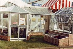 In the midst of planning for RHS Chelsea 2015. Perhaps we should take some historic inspiration and head back to the early 70s... Love the wall paper brick base! www.alitex.co.uk