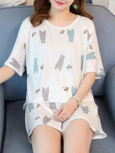 Cute and derpy bear print pyjamas Cute Sleepwear, Sleepwear Women, Pajamas Women, Cute Pajama Sets, Cute Pajamas, Teen Fashion Outfits, Cool Outfits, Pyjamas, Pajama Outfits