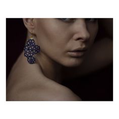 Purple frost glass bead geometric structural beaded dangle earrings (155 PLN) ❤ liked on Polyvore featuring jewelry, earrings, long beaded earrings, purple earrings, glass bead jewelry, purple jewellery and beaded jewelry