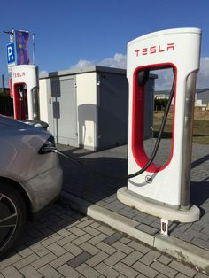 Tesla Phone Charger - Tesla Supercharging Station 3D Printed Phone Charger