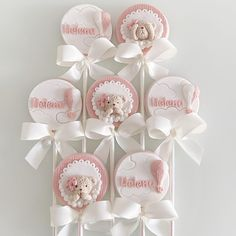Baby Shower Cupcakes, Place Cards, Place Card Holders, Desserts, Tailgate Desserts, Deserts, Postres, Dessert, Cupcake Baby Showers