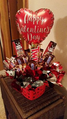 Jerky and Twix Happy Valentine's Day Candy Bouquet Valentine's Candy Bouquet C… – Valentines Day 2020 Ideas Valentines Day Baskets, Cute Valentines Day Gifts, Valentines Day Decorations, Valentine Crafts, Kids Valentines, Valentines Hearts, Candy Bouquet Diy, Valentine Bouquet, Booze Bouquet