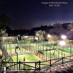 This is where you'll find me this evening. Satisfying my latest addiction   Photo by @lisasadleir  #padel #padeladdict #instapadel #padeltime #malaga