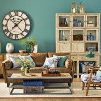 Check out our gallery to get Living Room Color Schemes & Paint room paint color ideas bright Living Room Color Schemes & Paint 2020 Bold Living Room, Good Living Room Colors, Living Room Turquoise, Room Wall Colors, Living Room Color Schemes, Living Room Green, Living Room Paint, Living Room Sofa, Living Room Designs