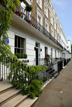 Chelsea London I want to live here!!!!