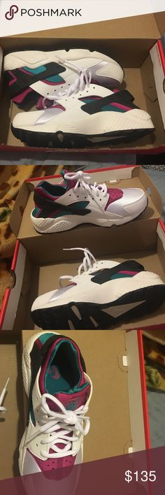 Nike huarache New with box only tried on its a woman's 8.5 Nike Shoes Sneakers