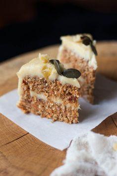 Wholehearted Eats : Raw Carrot Cake with Cashew Lemon Cream