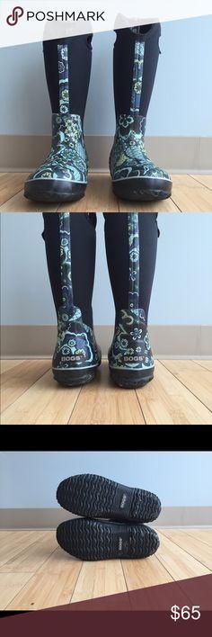 Bogs Rain Boots Floral Bogs boots. Size 7. Like new. Bogs Shoes Winter & Rain Boots