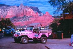 Sedona, AZ: Another must see in AZ... looking forward to one day doing a pink jeep tour with my family.