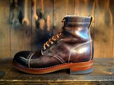 Clinch Boots