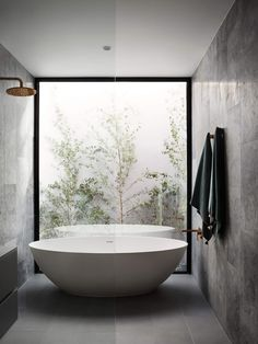 South Yarra Residence 2 by Full of Grace Interiors – Modern Interior Design The South Yarra Residence by Full of Grace Interiors is the transformation of a home through an abundance of style and a touch of grace. The story of the South Yarra Residenc Modern Bathroom Design, Bathroom Interior Design, Modern Interior Design, Interior Architecture, Interior Decorating, Luxury Interior, Simple Interior, Decorating Games, Classic Interior