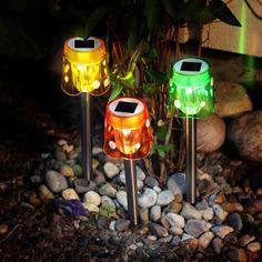 Lampe solaire LED Garden Stick en 3 coloris, référence 1522461 - Lampes décoratives pour l'extérieur : guirlandes lumineuses, lampes solaires à découvrir chez Luminaire.fr !