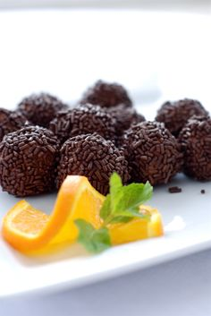 Chocolate orange truffles as well as coconut and peppermint flavors. Easy  treats!