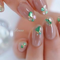 Here is a tutorial for an interesting Christmas nail art Silver glitter on a white background – a very elegant idea to welcome Christmas with style Decoration in a light garland for your Christmas nails Materials and tools needed: base… Continue Reading → Chic Nails, Fun Nails, Gorgeous Nails, Pretty Nails, Korean Nails, Japanese Nail Art, Oval Nails, Nail Decorations, French Nails