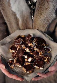 Inspirasjon jul_144 Fudge, Nutella, Toffee, Norwegian Christmas, Something Sweet, Baking Tips, Fun To Be One, Christmas Cookies, How To Lose Weight Fast