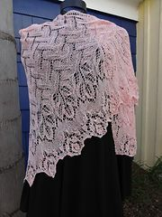 Ravelry: Language of Roses pattern by Aino Haikala free shawl knit pattern
